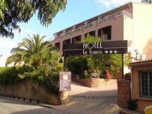 Hôtel de charme à Porto, idéalement situé, à proximité de la marine.
